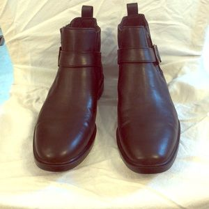 GUESS Chelsea Boots with Buckle-Strap